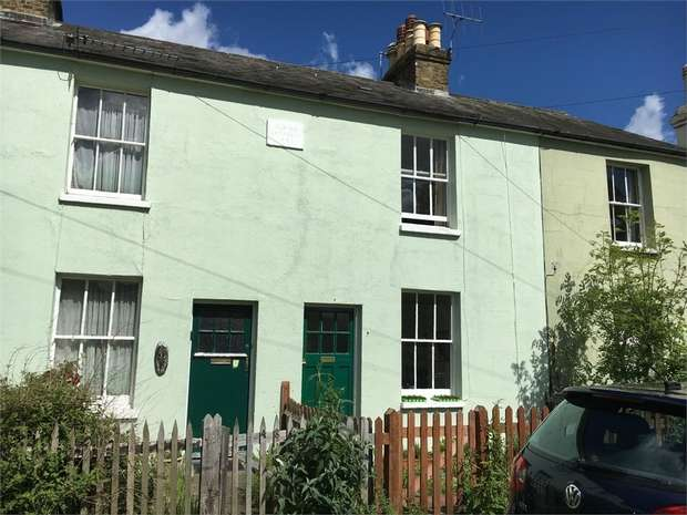 2 Bedrooms Cottage House for rent in West Hill, Epsom