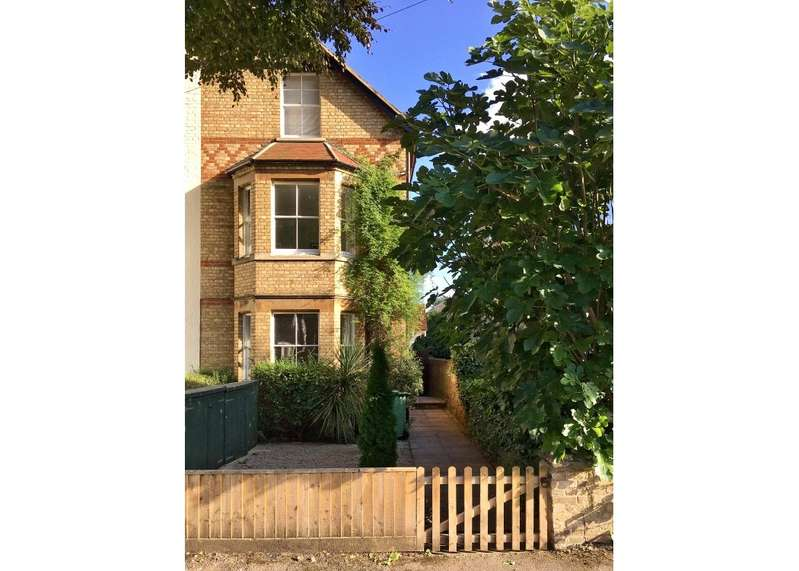 4 Bedrooms Semi Detached House for sale in Hernes Road, Oxford, OX2