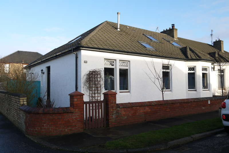 4 Bedrooms Semi Detached Bungalow for sale in Midton Avenue, Prestwick, KA9
