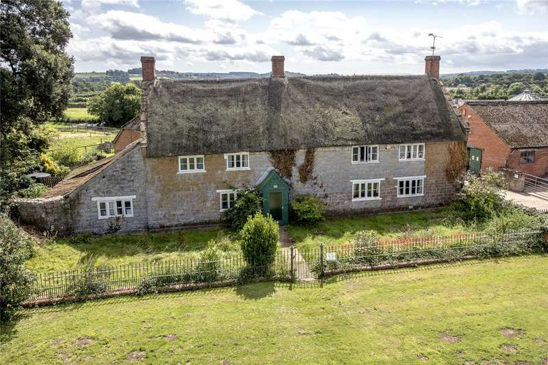 4 Bedrooms Detached House for sale in Ilton, Ilminster, Somerset, TA19