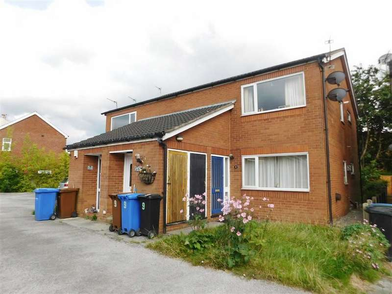 2 Bedrooms Flat for sale in Birchall Green, Woodley, Stockport