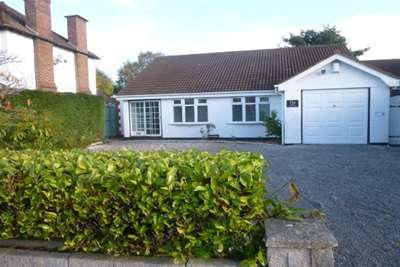 4 Bedrooms Bungalow for rent in Grasmere Road Little Neston CH64