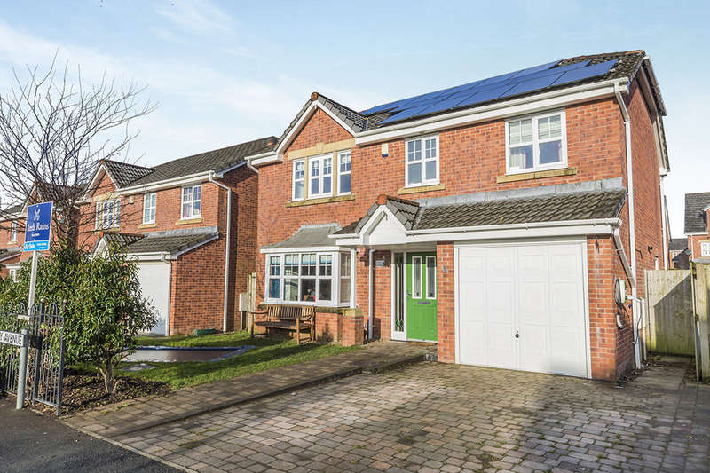 4 Bedrooms Detached House for sale in Roby Avenue, Buckshaw Village, Chorley, PR7