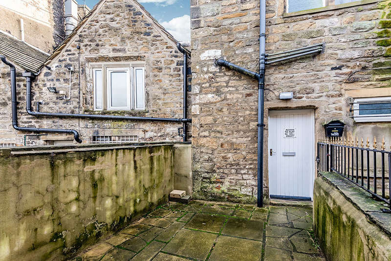 1 Bedroom Flat for rent in A High Street, Keighley, BD21