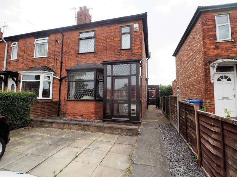 2 Bedrooms Terraced House for rent in The Circle, Hessle, HU13 0QJ