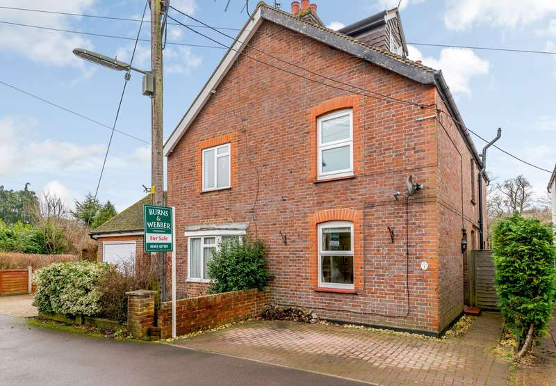 4 Bedrooms Semi Detached House for sale in Milford