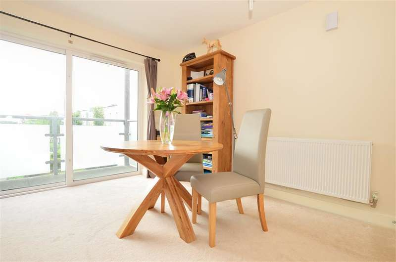 1 Bedroom Apartment Flat for sale in Canalside, , Redhill, Surrey