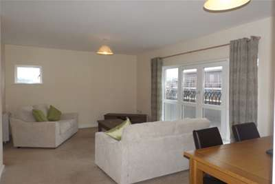 1 Bedroom Flat for rent in Caxton Place