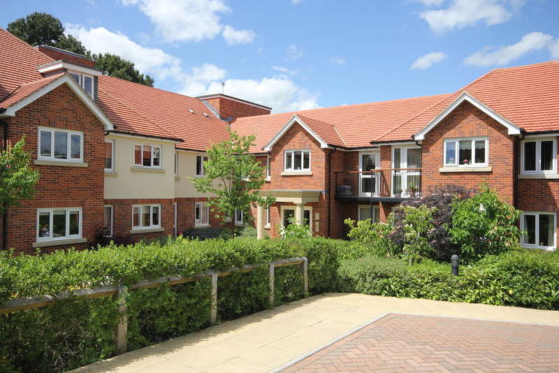 1 Bedroom Ground Flat for sale in Princes Risborough | Buckinghamshire