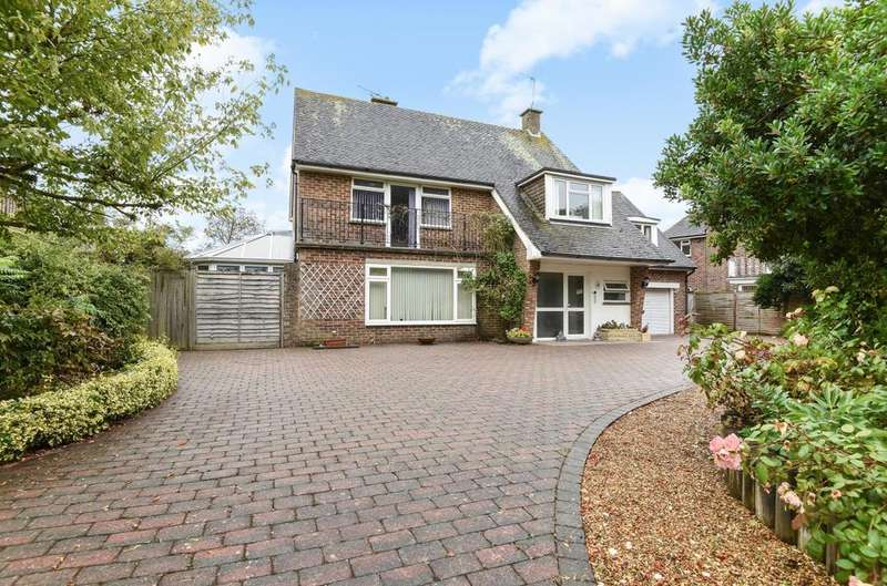 4 Bedrooms Detached House for sale in The Drive, Aldwick, Bognor Regis, PO21