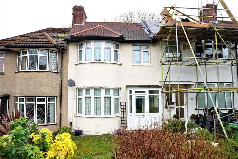 3 Bedrooms Terraced House for sale in Moordown, Shooters Hill, London, SE18 3NF