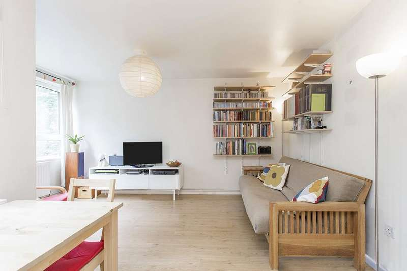 1 Bedroom Flat for sale in Sunnyside Road, Islington, London, N19
