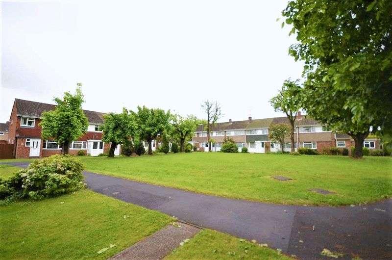 Property for rent in Buttermer Close Wrecclesham, Farnham