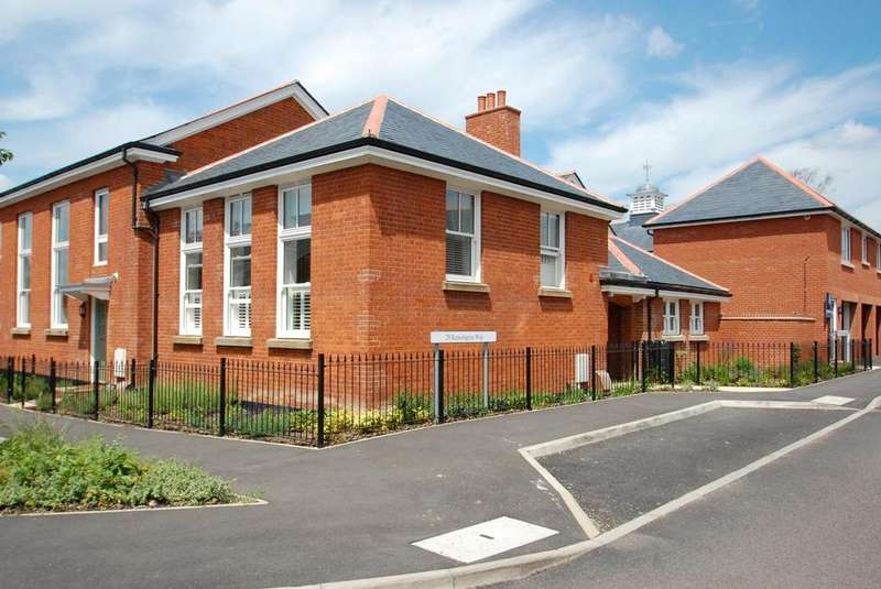 1 Bedroom House for sale in Kensington Way, Brentwood, Essex, CM14