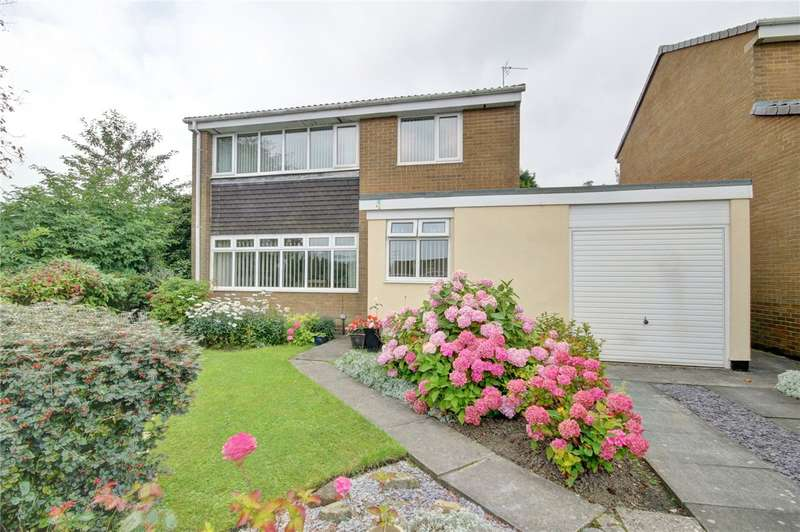 3 Bedrooms Detached House for sale in Bromley Close, High Shincliffe, Durham, DH1