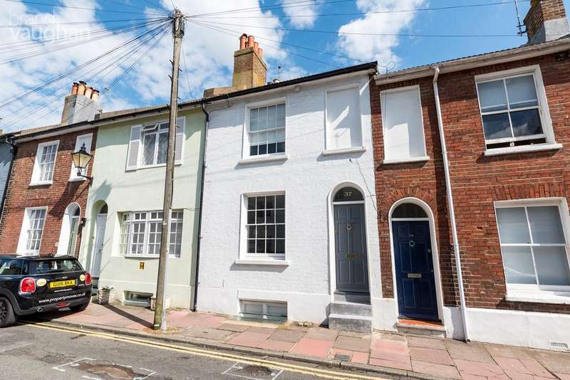 4 Bedrooms Terraced House for sale in Queens Gardens, Brighton, BN1