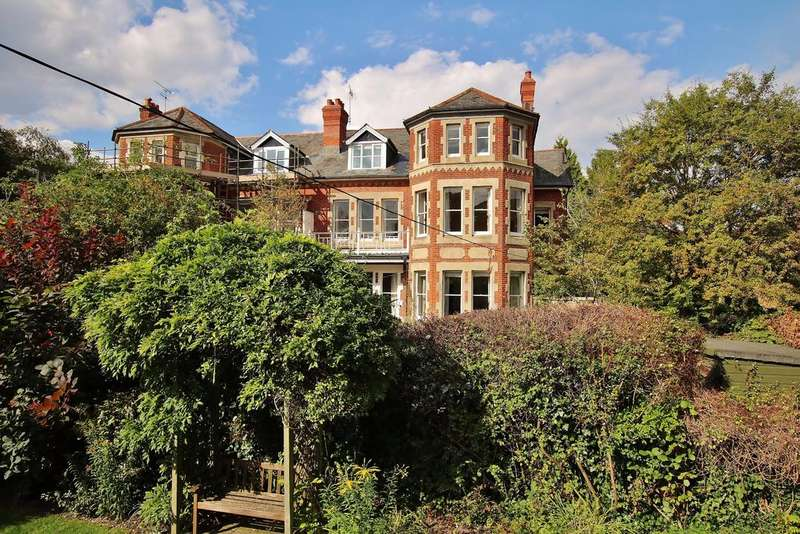 2 Bedrooms Apartment Flat for sale in St. Cross, Winchester