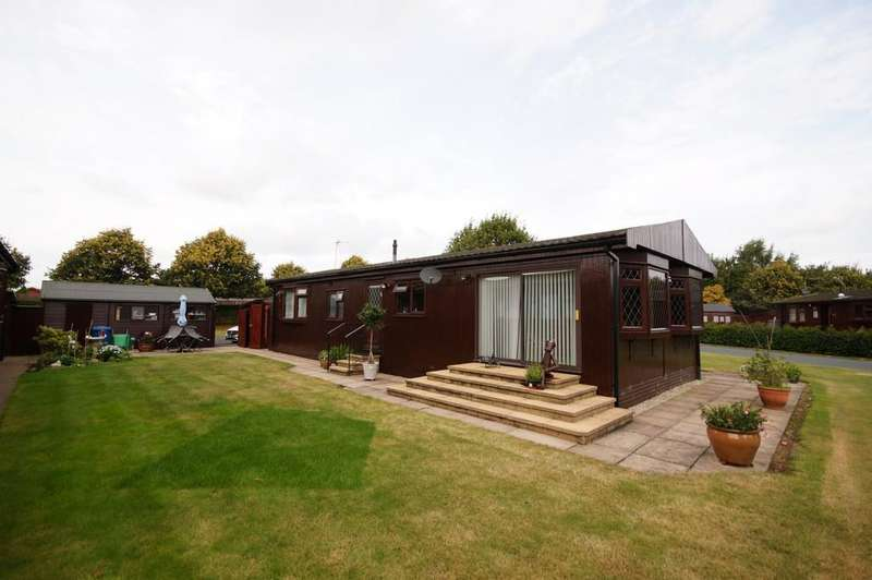 2 Bedrooms Mobile Home for sale in Mulberry Way, The Elms, Torksey