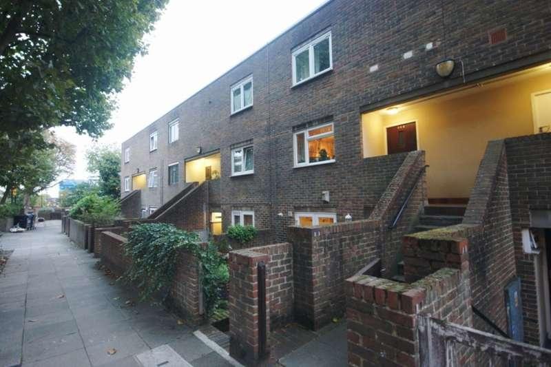 4 Bedrooms Flat for sale in Salisbury Walk, London, N19