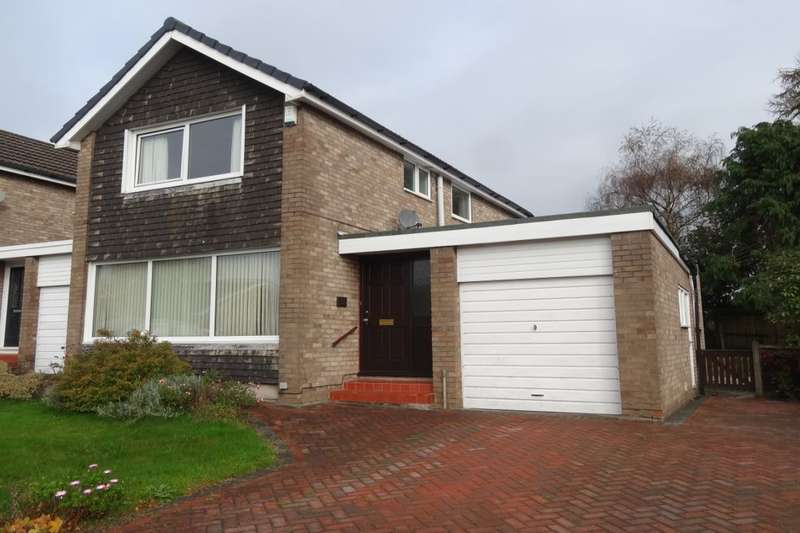 3 Bedrooms Detached House for rent in Conway Drive, Fulwood, Preston, PR2