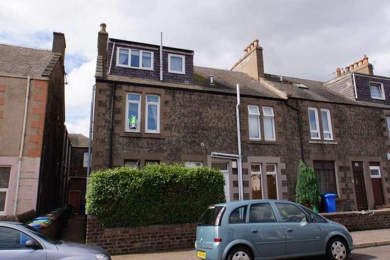 3 Bedrooms Flat for sale in Erskine Street, Buckhaven, Leven, KY8