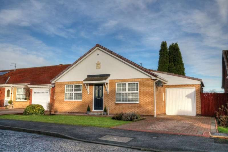 3 Bedrooms Detached Bungalow for sale in West Meadows, West Meadows, Newcastle Upon Tyne, NE5