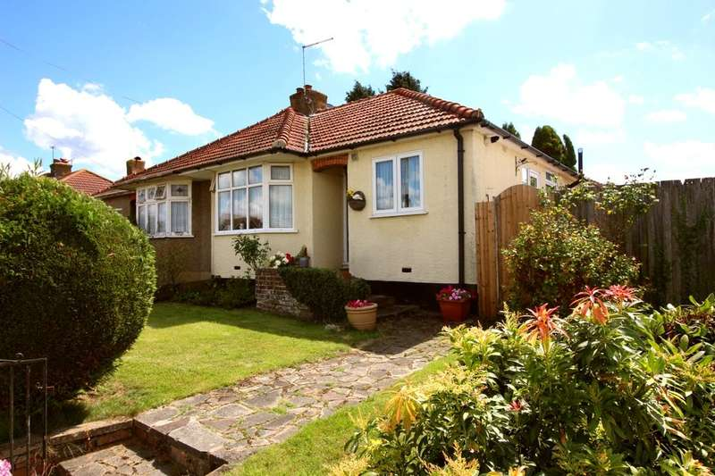 2 Bedrooms Semi Detached Bungalow for sale in Somerden Road, Orpington, BR5