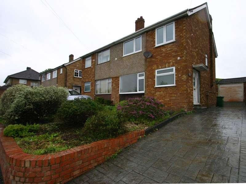 3 Bedrooms Property for sale in Hammondstreet Road, Cheshunt, Waltham Cross