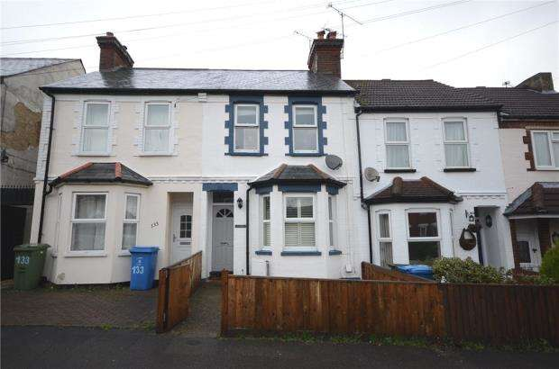 3 Bedrooms Terraced House for sale in Holly Road, Aldershot, Hampshire