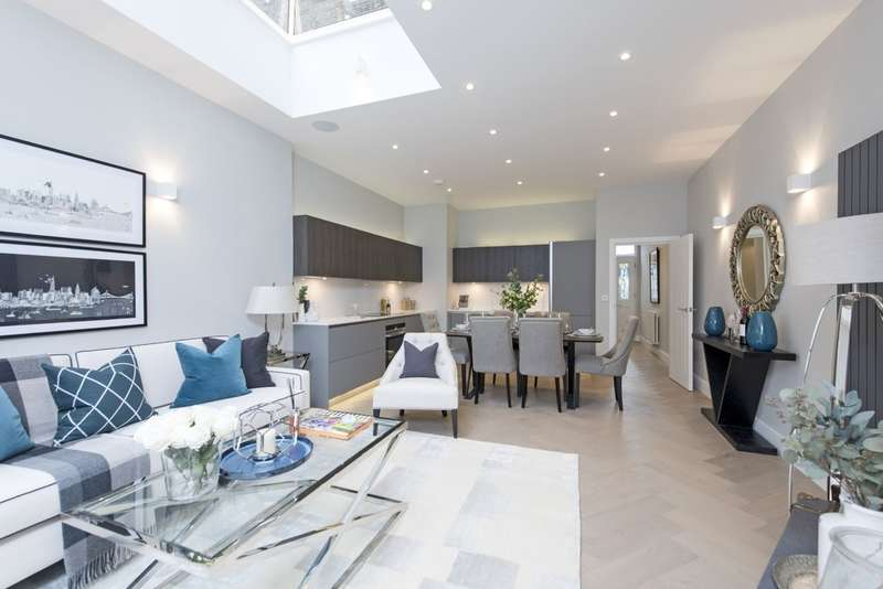 3 Bedrooms Flat for sale in Lavender Sweep, Battersea, London