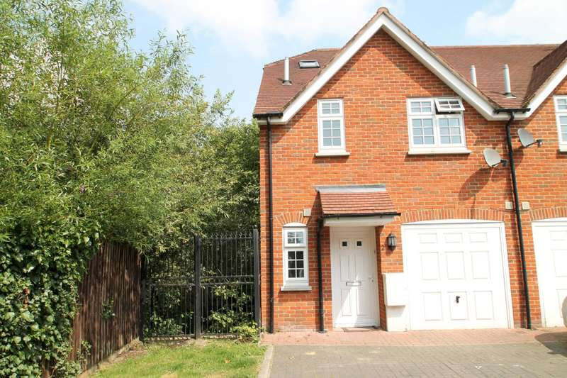 5 Bedrooms End Of Terrace House for rent in Venner Close, Redhill