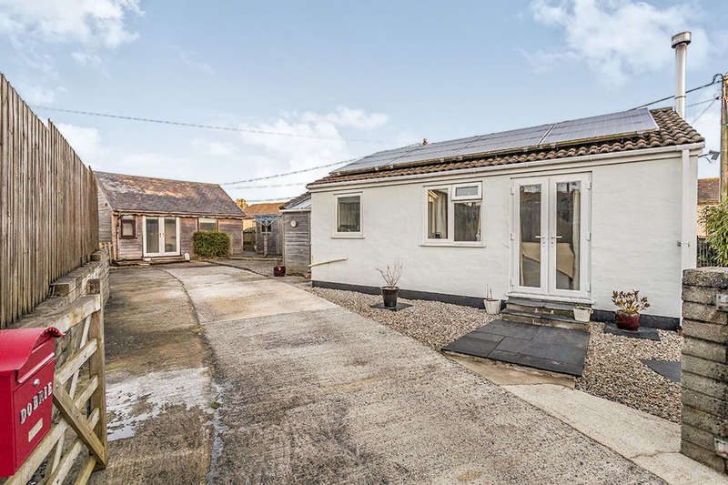 2 Bedrooms Detached Bungalow for sale in Dobrie Chapel Terrace Chili Road, Illogan Highway, Redruth, TR15