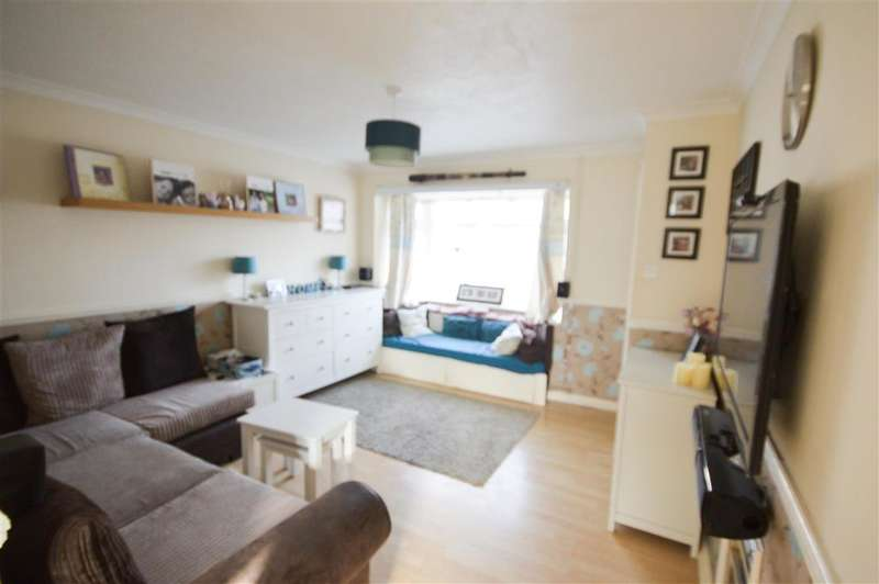 4 Bedrooms Detached House for sale in Wordsworth Gardens, , Aylesham, Canterbury, Kent