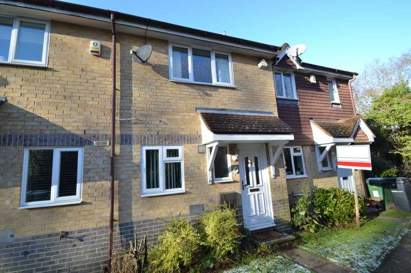 2 Bedrooms Terraced House for rent in Wildfell Close, Walderslade Woods, Chatham, ME5