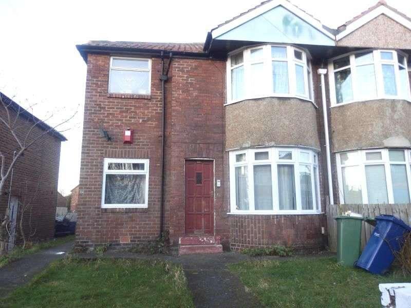 3 Bedrooms Flat for sale in Swinley Gardens, Newcastle Upon Tyne, NE15