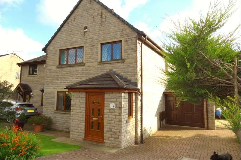 3 Bedrooms Semi Detached House for sale in Cotton Tree Lane, Colne, BB8