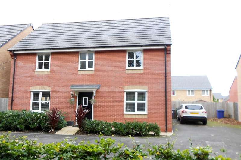 3 Bedrooms Detached House for sale in Little Mountain Court, Wrexham, LL11
