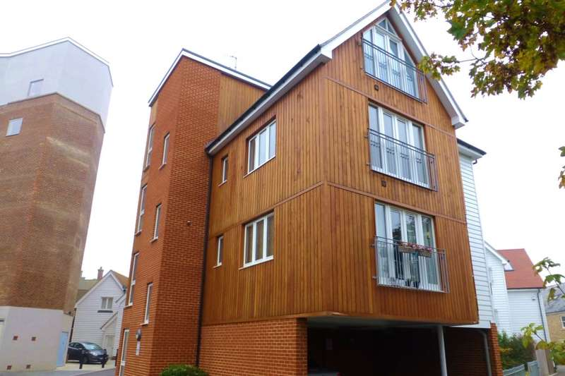 2 Bedrooms Flat for sale in Regent Street, Whitstable, CT5