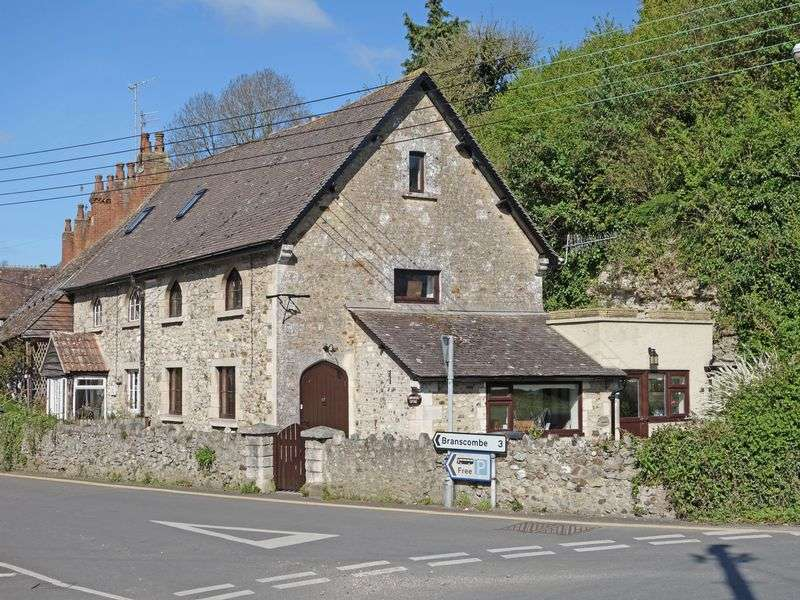 3 Bedrooms Property for sale in Causeway Beer, Seaton