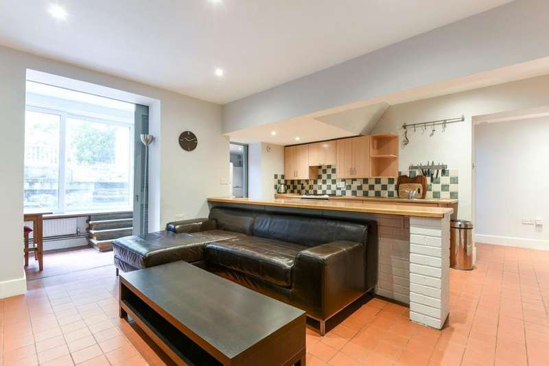 2 Bedrooms Flat for sale in Mildmay Park, Islington