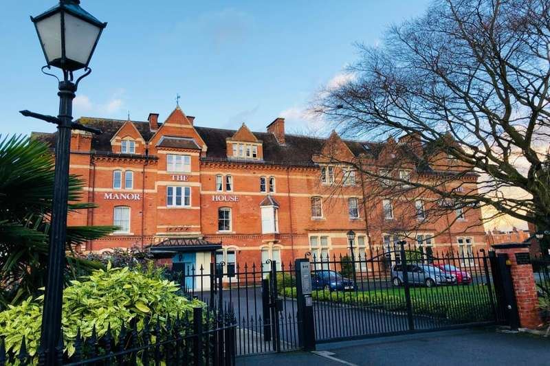 2 Bedrooms Flat for sale in Avenue Road, Leamington Spa, CV31