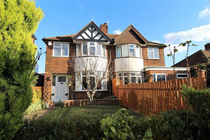 3 Bedrooms Semi Detached House for sale in Chalkpit Lane, Dorking