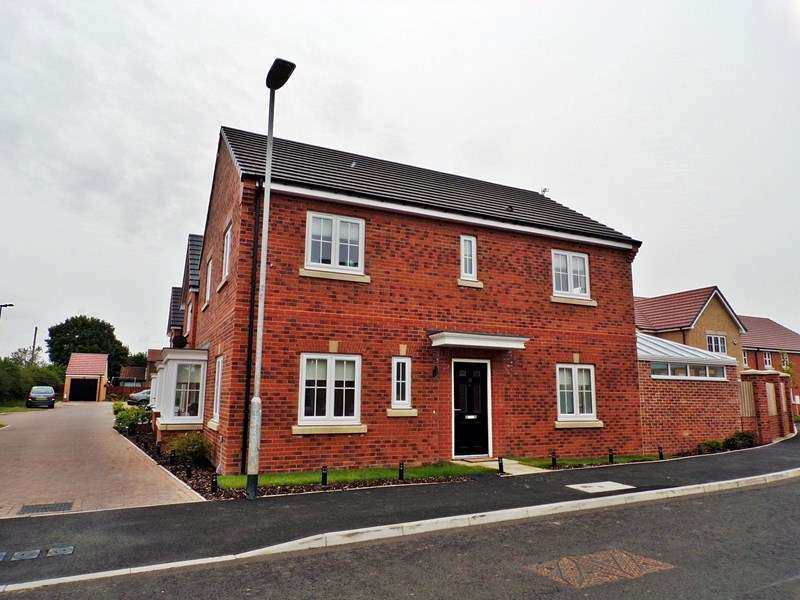 4 Bedrooms Property for sale in St. Nicholas Drive, Bedlington, Northumberland, NE22 5SE