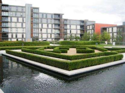 1 Bedroom Flat for sale in Sapphire House, 315 South Row, Milton Keynes, Buckinghamshire