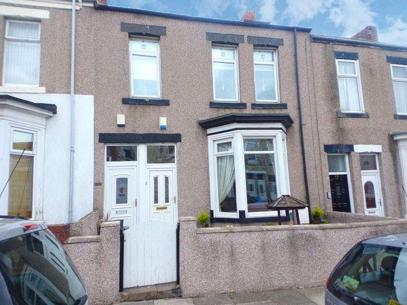 4 Bedrooms Maisonette Flat for sale in Roman Road, South Shields, South Shields, Tyne & Wear, NE33 2HA
