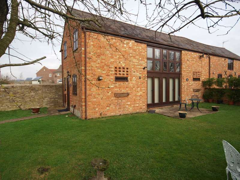 3 Bedrooms Semi Detached House for rent in Burnell Court, Station Road, Marsh Gibbon