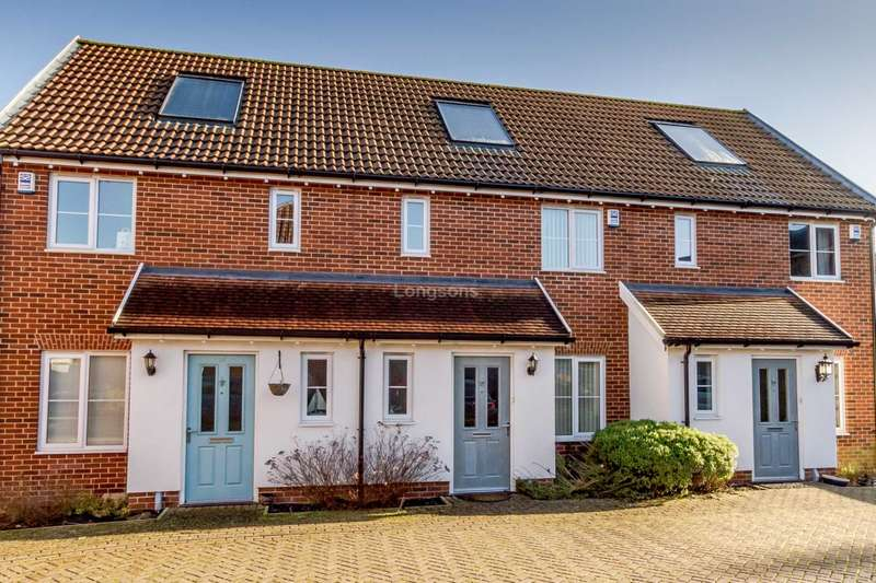 2 Bedrooms Terraced House for sale in Sir Archdale Road, Swaffham
