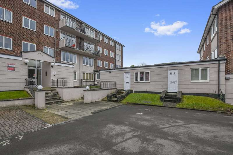 1 Bedroom Flat for sale in Lizmans Court, Cowley