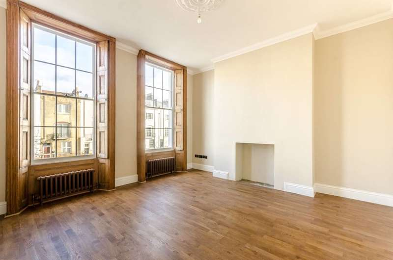 4 Bedrooms House for rent in Liverpool Road, Islington, N1