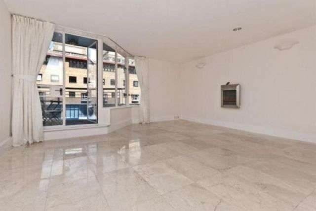 2 Bedrooms Duplex Flat for sale in Horselydown Lane, Shad Thames, SE1
